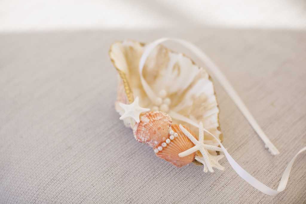 Elegant Seashell Ring Bearer Pillow | The Majestic Vision Wedding Planning | Villas Mar Azure in Ponce, PR | www.themajesticvision.com | Shay Cochrane Photography