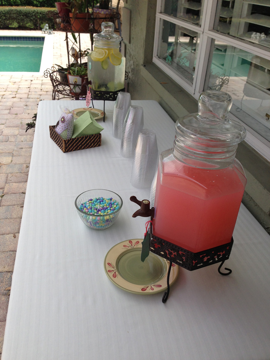 Rustic Pink and Yellow Baby Shower Drink Station |The Majestic Vision Wedding Planning | Palm Beach, FL | www.themajesticvision.com