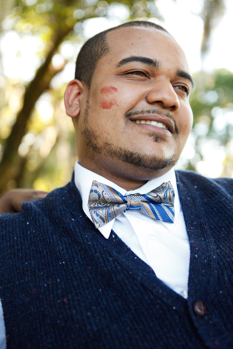 Handsome Groom with Lipstick Kiss | The Majestic Vision Wedding Planning | Riverbend Park in Palm Beach, FL | www.themajesticvision.com | Krystal Zaskey Photography