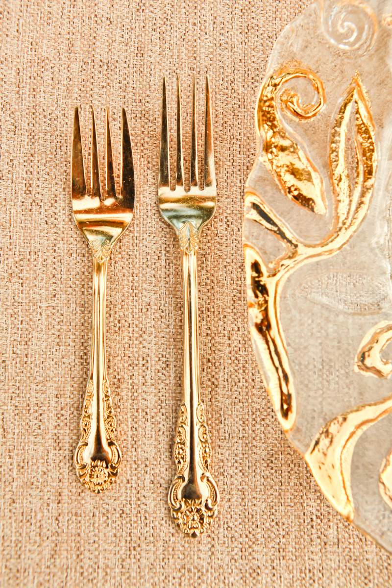 Elegant Gold Flatware | The Majestic Vision Wedding Planning | International Polo Club in Palm Beach, FL | www.themajesticvision.com | Krystal Zaskey Photography