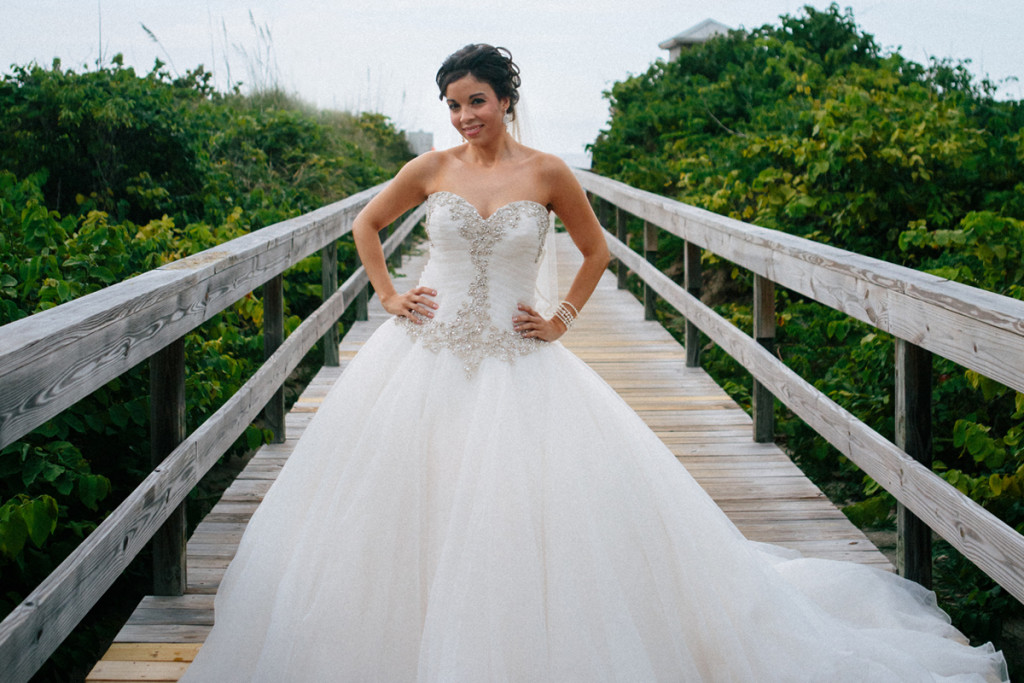 Stunning Pnina Tornai Bridal Gown | The Majestic Vision Wedding Planning | Sailfish Marina in Palm Beach, FL | www.themajesticvision.com | Robert Madrid Photography