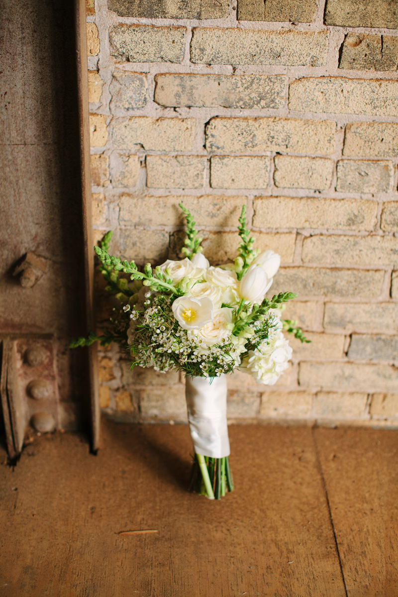 Elegant Bridal Bouquet with White Dahlias and Snapdragons | The Majestic Vision Wedding Planning | Pritzlaff Building in Milwaukee, WI | www.themajesticvision.com | Lisa Mathewson Photography