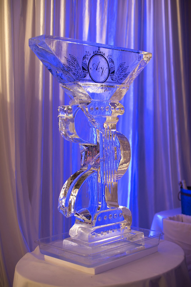 Elegant Personalized Ice Sculpture for Indian Wedding Reception | The Majestic Vision Wedding Planning | PGA National in Palm Beach, FL | www.themajesticvision.com | Haring Photography