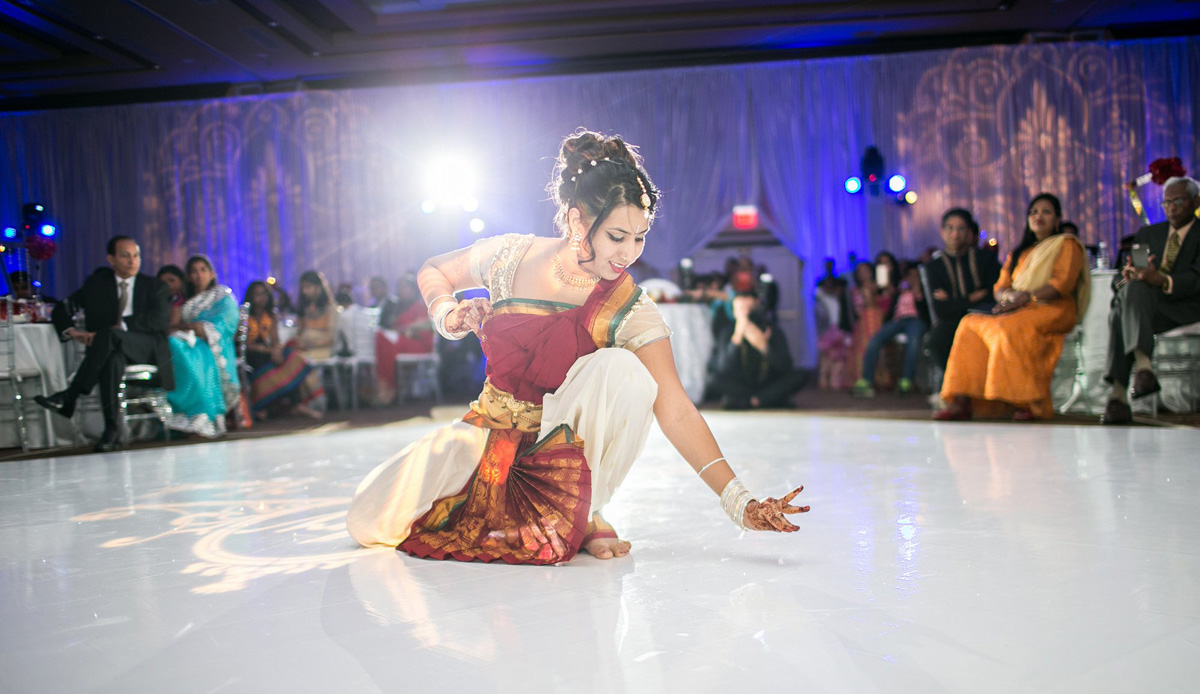 Elegant Maid of Honor Dance Performance for Indian Wedding Reception | The Majestic Vision Wedding Planning | PGA National in Palm Beach, FL | www.themajesticvision.com | Haring Photography