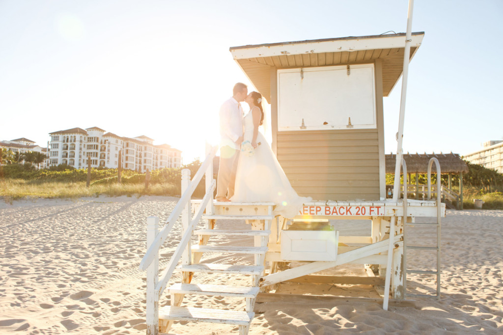 Elegant Bridal Portrait on the Beach | The Majestic Vision Wedding Planning | Palm Beach Shores in Palm Beach, FL | www.themajesticvision.com | Krystal Zaskey Photography