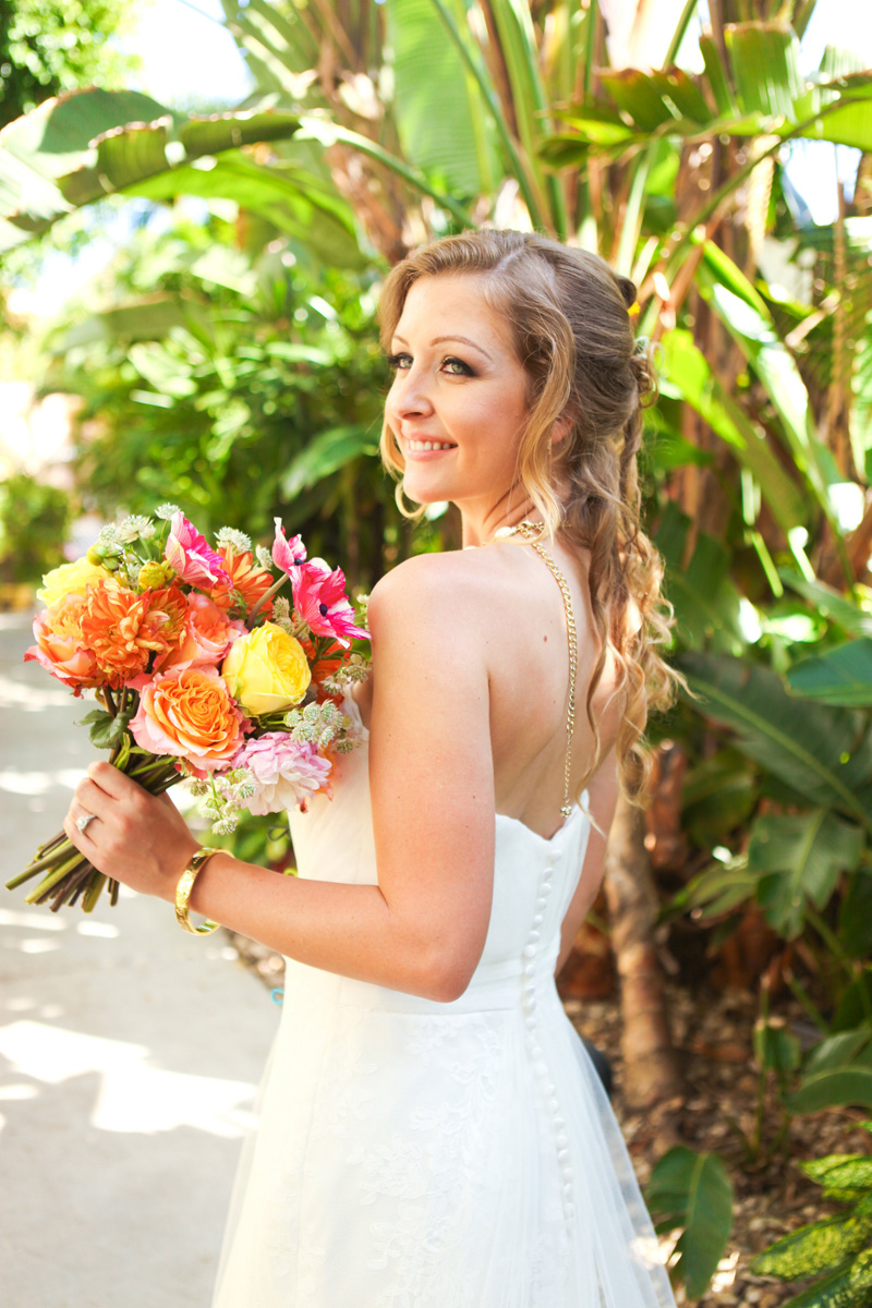 Elegant Lilly Pulitzer Inspired Bridal Bouquet with Orange, Yellow and Pink Flowers | The Majestic Vision Wedding Planning | The Colony Hotel in Palm Beach, FL | www.themajesticvision.com | Krystal Zaskey Photography