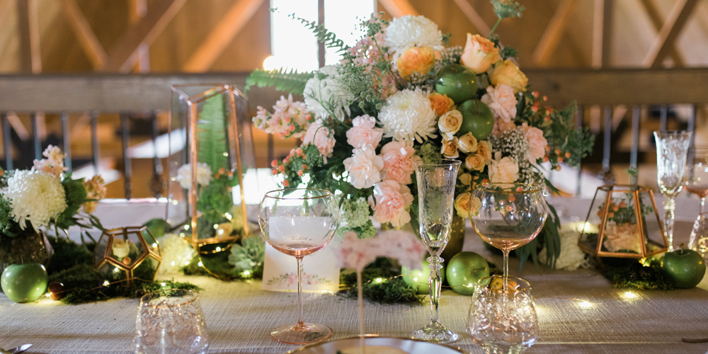 Gorgeous Blush and Pink Tablescape | The Majestic Vision Wedding Planning | Rustic Manor in Milwaukee, WI | www.themajesticvision.com | Elizabeth Haase Photography