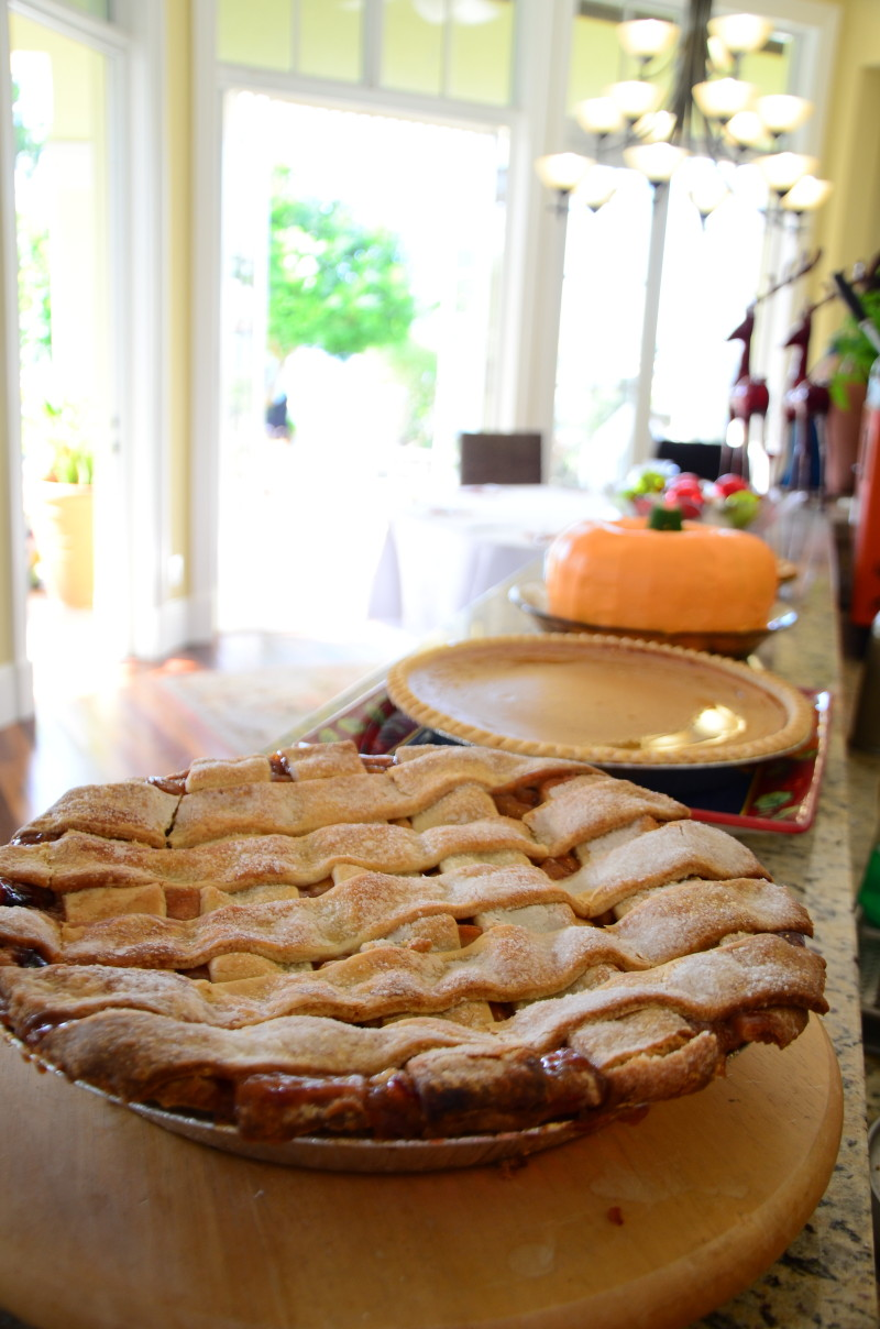 Thanksgiving Apple Pies | The Majestic Vision Wedding Planning | Palm Beach, FL | www.themajesticvision.com | Emily Allongo Photography