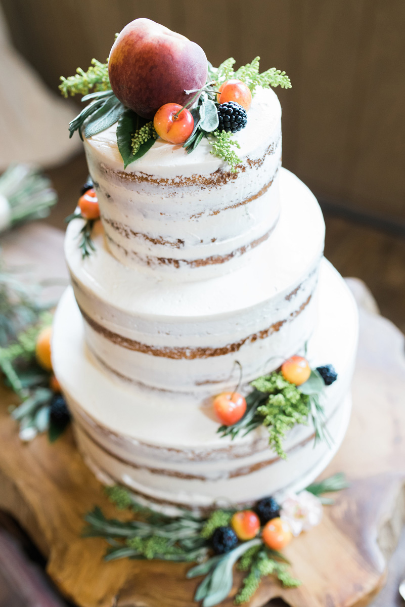 Elegant Naked Wedding Cake | The Majestic Vision Wedding Planning | Rustic Manor in Milwaukee, WI | www.themajesticvision.com | Elizabeth Haase Photography